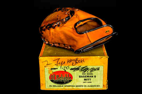 Ol' Reliable Sporting Goods Left-Handed Pro Model Baseman's Mitt In Box