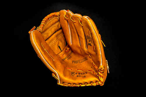 Regent Big R Baseball Glove in Box