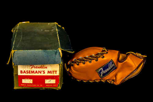 "Franklin Manufacturing ""Gil Hodges"" Left-Handed Baseman's Mitt in Box"