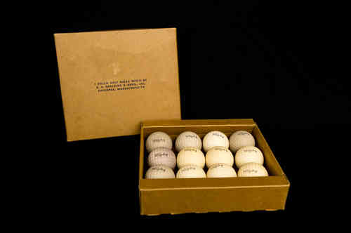 Trophy | Spalding Golf Balls Master Box