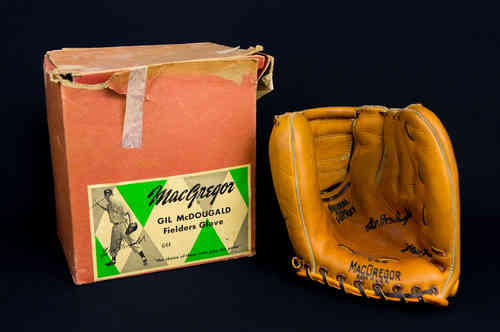 "MacGregor ""Gil McDougald"" Fielders Baseball Glove G44 in Original Picture Box"