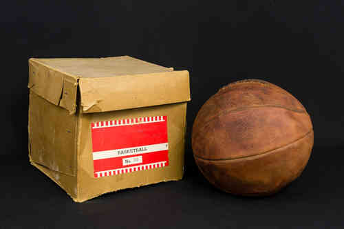 Sport Champ Collegiate Laced Leather Basketball in Box No B10
