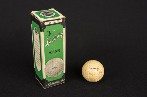 1920 30's Unused Spalding Mesh Pattern Golf Balls in Original Box