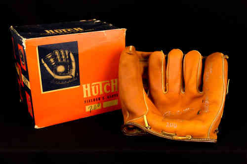 "Hutch ""Bob Avilla"" Fielder's Glove No 100 in Box"