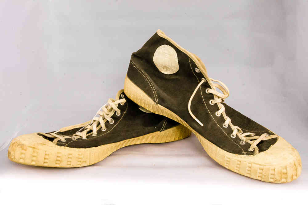40's-50's Gum-Soled High-Top Basketball Shoes Vintage