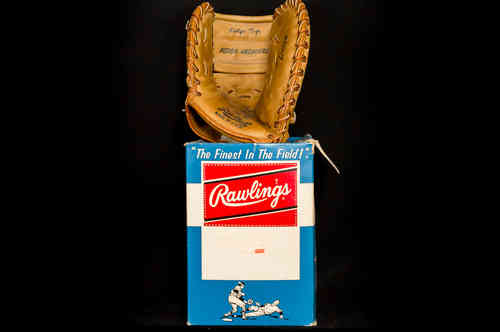 "New-In-Box Rawlings ""Gordon Coleman"" First Baseman's Mitt No CM35"