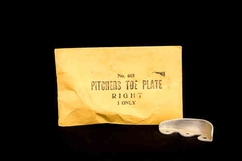 New Pitcher's Toe Plate No 615 in Envelope