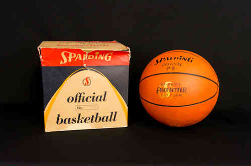 "Spalding No 61-384 PS ""Pace Setter"" Basketball in Box"