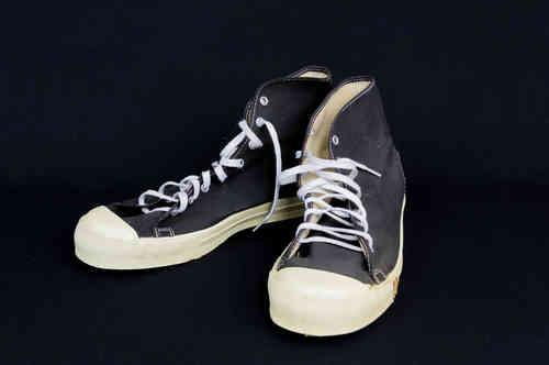 UNUSED Chuck-Style Canvas Black Hightop Basketball Shoes