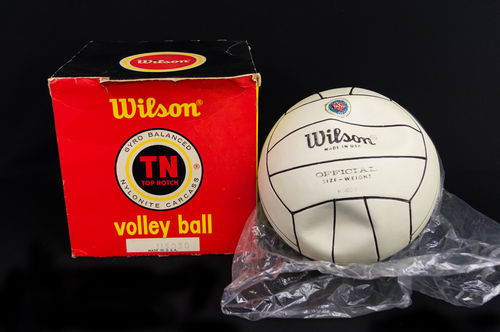 UNUSED Rubber Wilson Top Notch Volleyball in Box