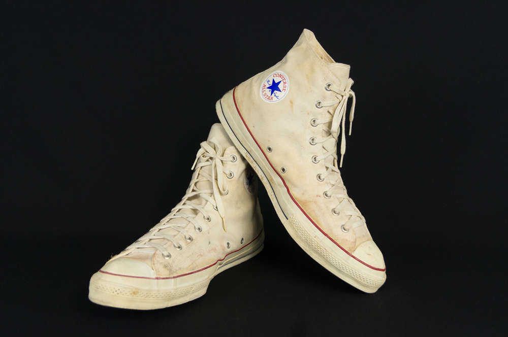 ca6db54683196f Vintage Converse All Star Chuck Taylor High Top Basketball Shoes Great  Display