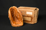 New-In-Box 1968 Rawlings Mickey Mantle GJ 99 Glove